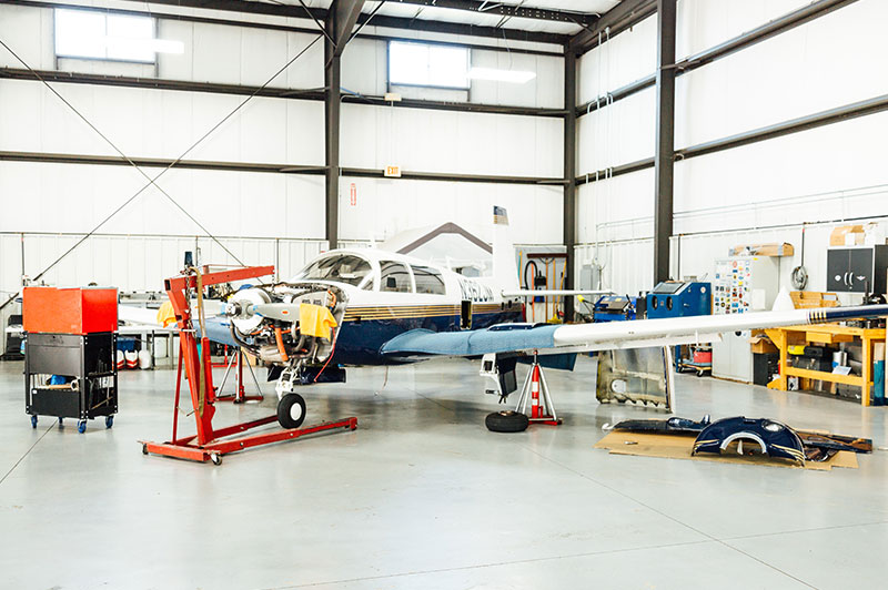 Blue-Skies-Flying-Services-Aircraft-Maintenance-Cessna-Piper-Diamond-Chicago-Commander