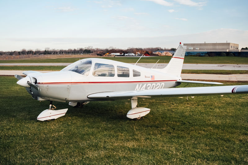 Blue-Skies-Flying-Services-Pilot-Shop-N43020-Warrior-PA28-151-Aircraft-Rental-Chicago