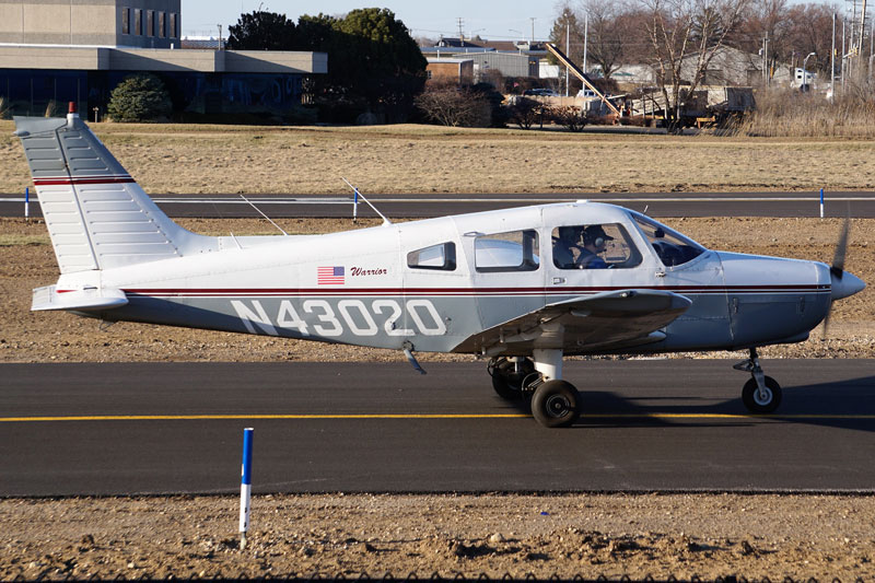 Blue-Skies-Flying-Services-Pilot-Shop-N43020-Warrior-PA28-151