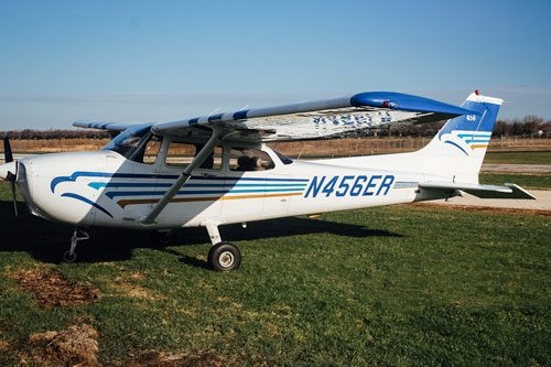 Blue-Skies-Flying-Services-Pilot-Shop-N456ER