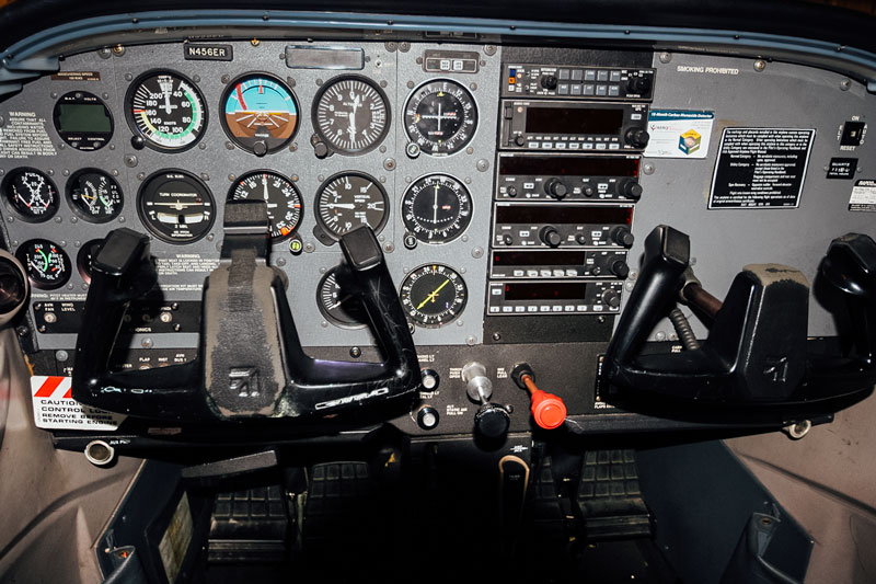 Blue-Skies-Flying-Services-Pilot-Shop-N456ER-Panel