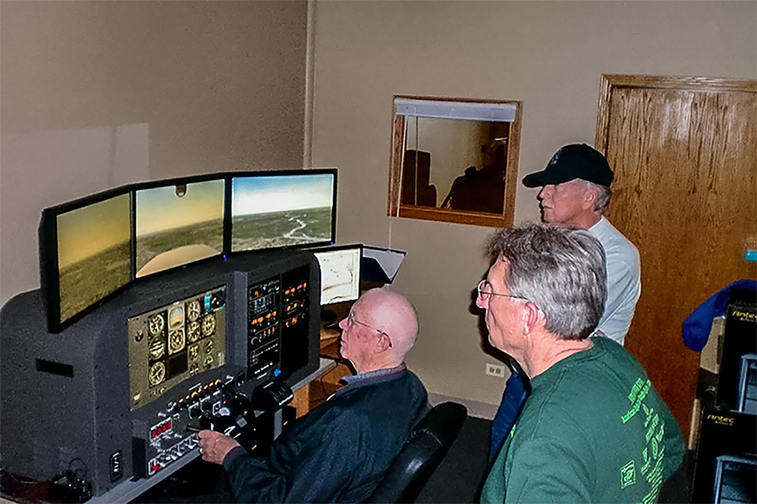 CR-12-Pro-Panel-AATD-Flight-Simulator-Blue-Skies-Flying-Services-Training-Aviation-2