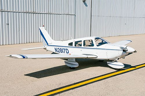 Blue-Skies-Flying-Services-Pilot-Shop-Piper-Archer-N2817D